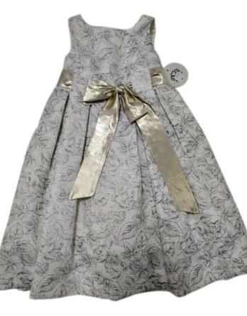 Vestido de niña con flores y lazo dorado