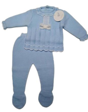 Conjunto de bebé celeste de perlé 929