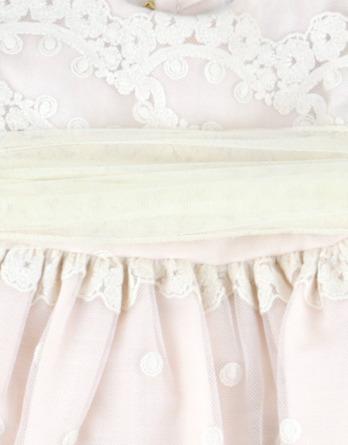 Vestido de niña de tul y flores rosa